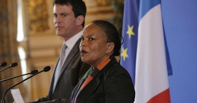 Francia, Hollande a difesa della ministra della Giustizia vittima di insulti razzisti