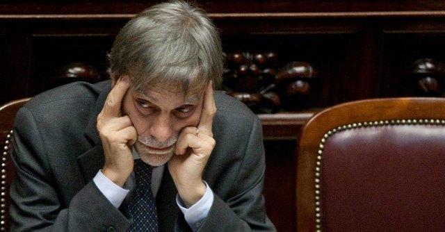 """Province, Delrio: """"Abolizione entro l'anno. Rinnovo consigli nel 2014 sarebbe beffa"""""""