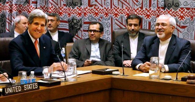 Iran, Kerry a Ginevra per colloqui sul nucleare: accordo vicino. Israele contrario