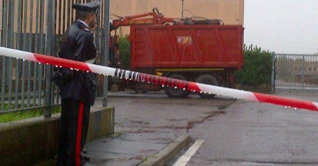 Settimo Milanese, ucciso un uomo e ferito il figlio davanti a un'azienda