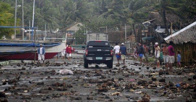 """Supertifone Filippine, per la Croce Rossa """"almeno 1.200 morti"""""""