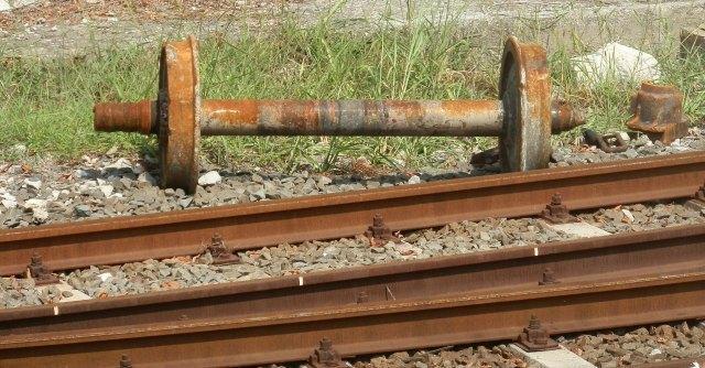 """Strage Viareggio, anti-deragliamento non ancora obbligatorio sui """"treni bomba"""""""