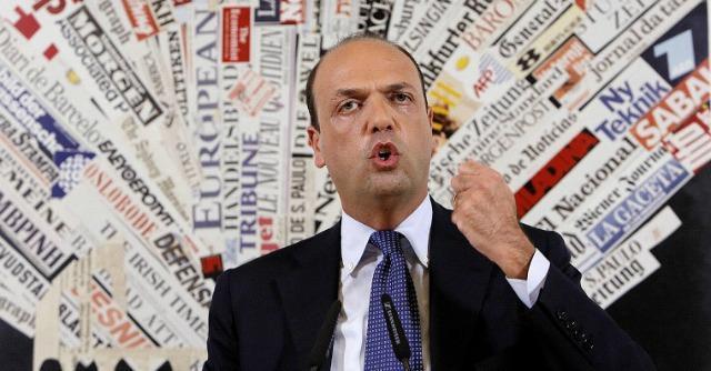 """Nuovo centrodestra, Alfano: """"No a Forza Italia è scelta amara ma noi siamo futuro"""""""