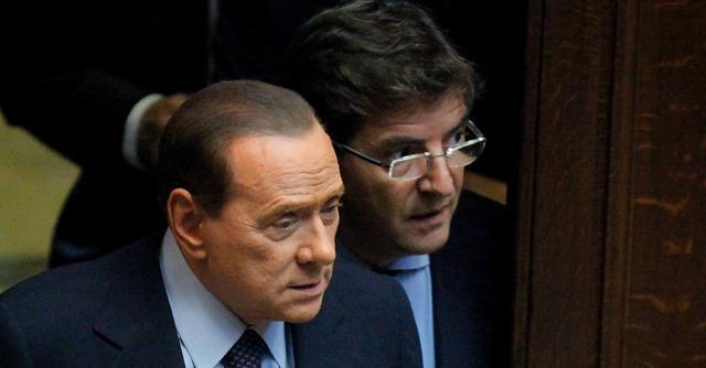 Forza Campania: il gruppo di Cosentino pressa Fi, ma non rompe con Berlusconi
