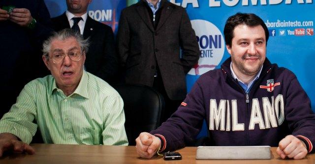 Lega Nord, i candidati passano da cinque a due: sarà Bossi contro Salvini