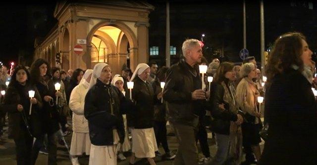 """Bologna, cattolici contro Halloween: """"Festa usata dalle forze del male"""""""