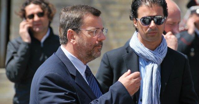 Brindisi, il sindaco Cosimo Consales indagato per riciclaggio e ricettazione