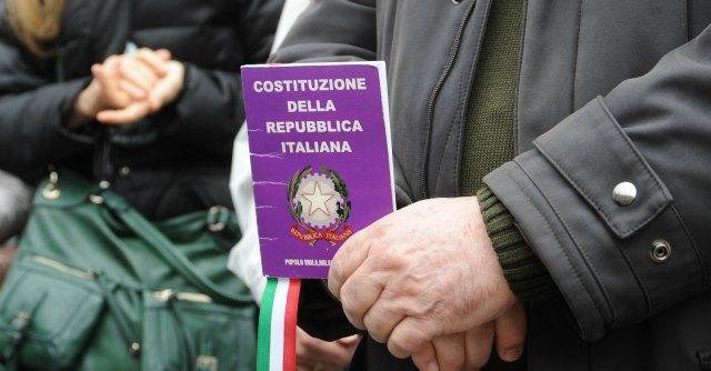 'Province, il ddl Delrio? Un pasticcio. Per abolirle bisogna modificare la Costituzione'