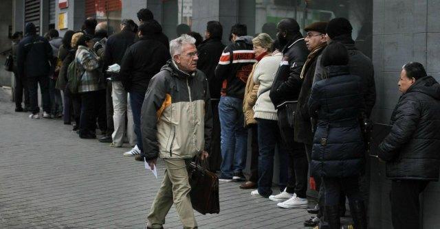 Pil e ripresa, l'Istat e il ministro del Tesoro Saccomanni danno numeri diversi