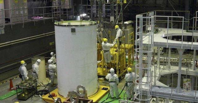 Fukushima, barre d'uranio del reattore danneggiato pronte allo smantellamento
