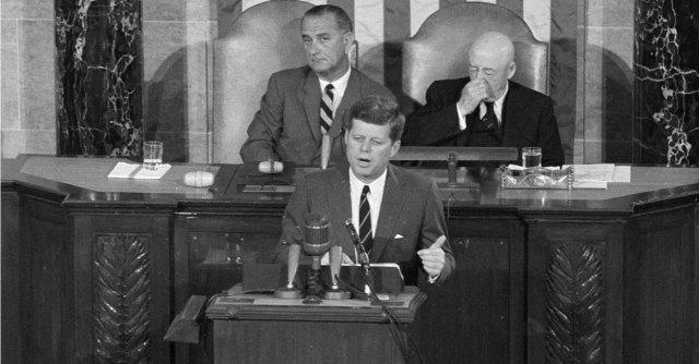 Kennedy, 50 anni dopo Dallas non è più l'eroe tragico del sogno americano