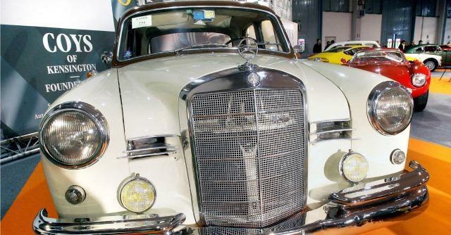 Padova, gran successo di pubblico (e di affari) per il salone di auto e moto d'epoca