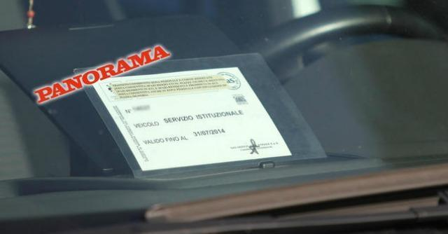 """Firenze, """"la moglie del sindaco Renzi usa pass marito per corsie preferenziali"""""""