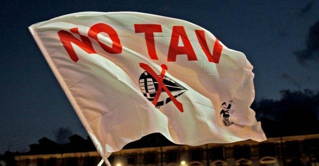 No Tav, quattro militanti arrestati dalla Digos. L'accusa è di terrorismo