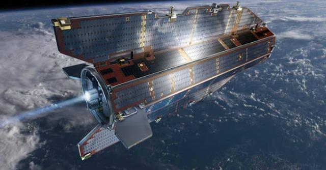 """Satellite Goce sta cadendo sulla Terra. """"Non esclusi rischi anche per l'Italia"""""""