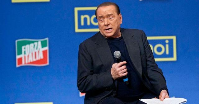 """Grazia Berlusconi, Il Giornale: """"Napolitano ricatta. E' un vecchio inacidito"""""""
