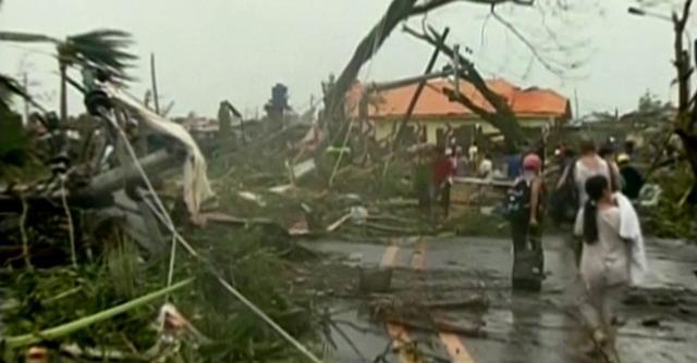 "Supertifone, Filippine devastate da Haiyan. La polizia: ""Almeno 10mila morti"""