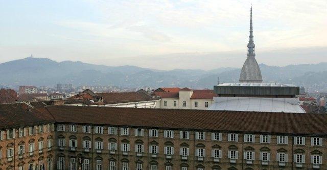 Torino, indagini su Chiamparino e buco nei conti: le macerie del ventennio rosso