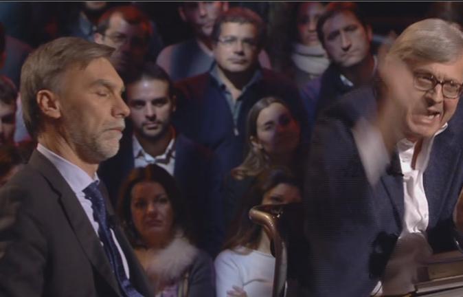 """Servizio Pubblico, Sgarbi vs Delrio: """"Parlamento con raccomandati picciotti"""""""