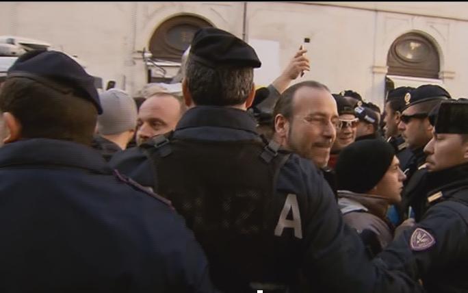 Servizio Pubblico, la protesta dei Forconi a Roma
