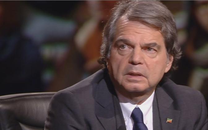 """Servizio Pubblico, Brunetta: """"Le proteste dei Forconi sono il prodotto della crisi"""""""