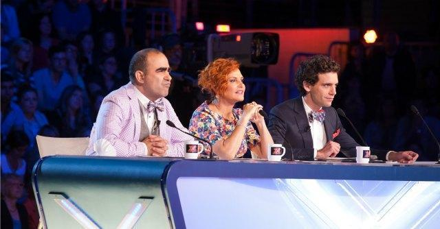 Programmi tv stasera, TeleFatto: Servizio Pubblico, X Factor e Una grande famiglia 2