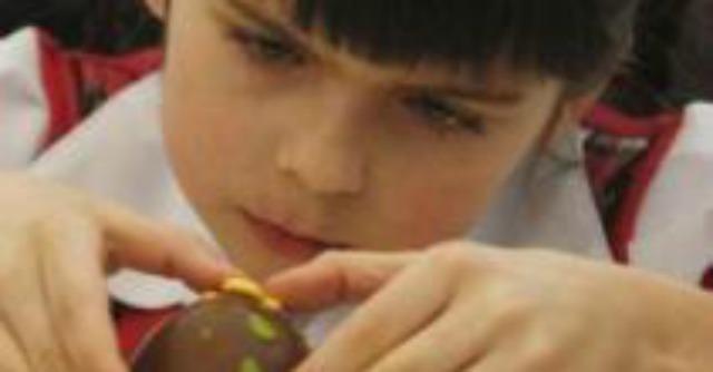 Si Può Discriminare Con Un Giocattolo Alle Bambine Solo Pentole E