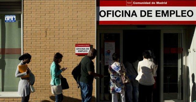 """Spagna, """"necessari 20 anni per nuovi posti di lavoro e tornare ai livelli pre-crisi"""""""