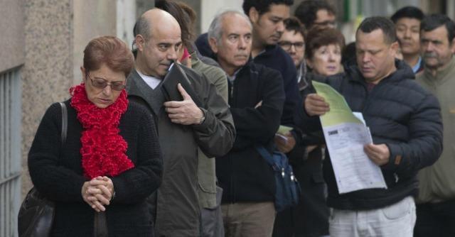 """Crisi, Istat: """"Tra i giovani disoccupati, più laureati che diplomati"""""""