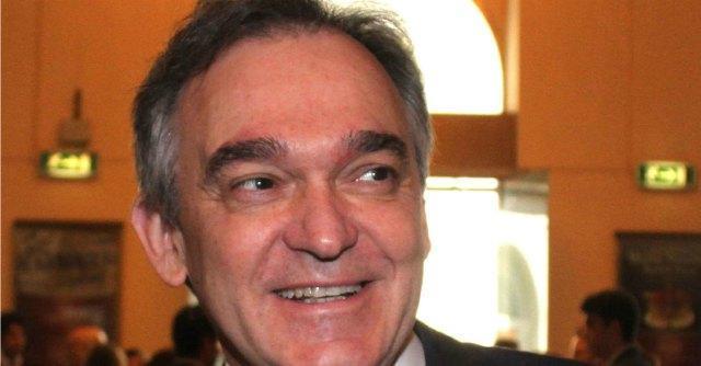"""Fs, il governatore Rossi in viaggio con i pendolari: """"Fare pressioni su Trenitalia"""""""