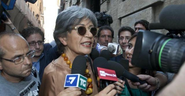 "Compravendita senatori, Finocchiaro: ""In cambio offerto posto a Mediaset o denaro"""