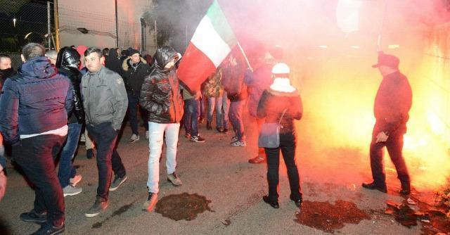 Sciopero dei tir, presidi in tutta Italia. Blocchi in Piemonte e Veneto