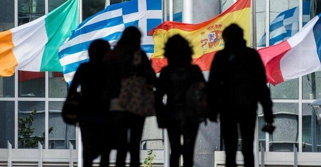 Italiani, ecco perché fuggono all'estero: qualità di vita e stipendi migliori