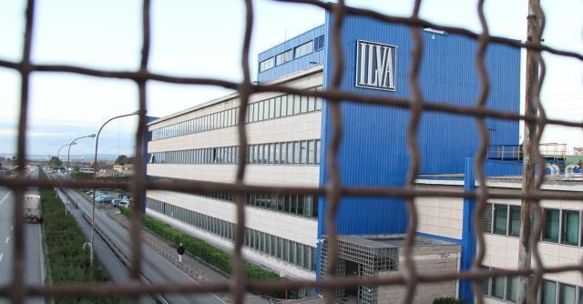 """Ilva, Taranto chiede 3 miliardi di risarcimento: """"Danni da inquinamento"""""""