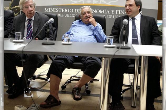 las sandalia de mujica 3
