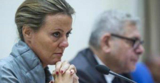 """Stamina, ministro Lorenzin minacciata di morte: """"Vannoni renda noto il metodo"""""""