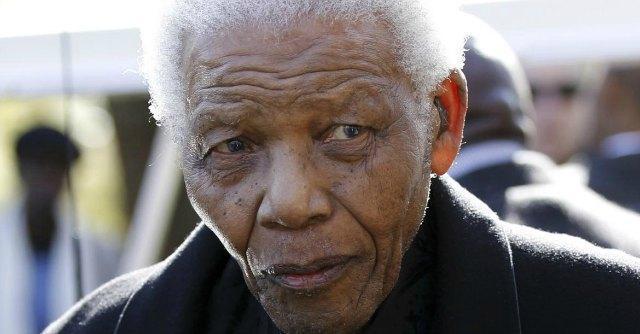 Nelson Mandela morto, l'ex presidente sudafricano aveva 95 anni