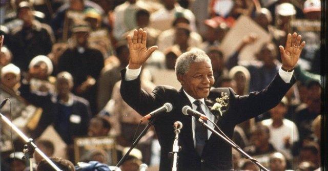 """Mandela, """"dopo la morte del mito, ora il Sudafrica ha bisogno di nuovi leader"""""""