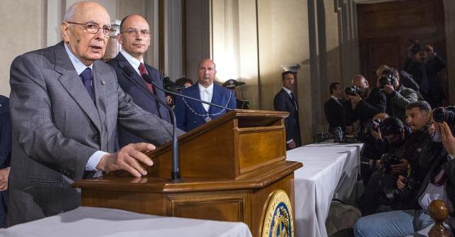 Napolitano all'ottavo discorso. Re Giorgio e la perpetua minaccia di dimissioni