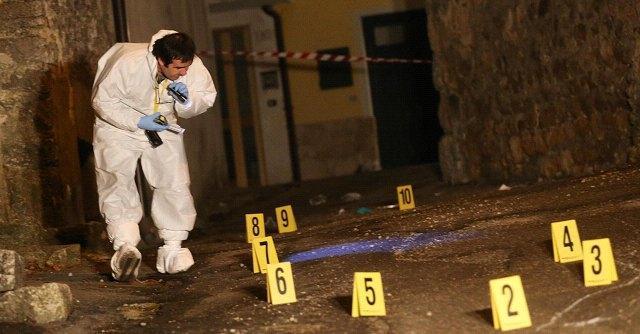 Sorprende e uccide ladro nel Bresciano: arrestato per omicidio