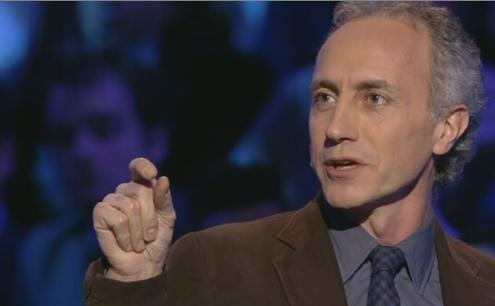 """Servizio Pubblico, Travaglio: """"Chi ha resuscitato Berlusconi?"""""""