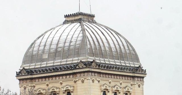 """Roma, tre teste di maiale recapitate a """"obiettivi israeliani"""". Marino: """"Oltraggio"""""""