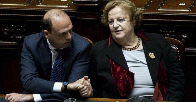 """Fonsai, Alfano a Ligresti: """"Quelli ancora a Milano sono se lei non gli dà la casa"""""""
