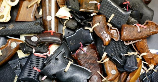 """Usa, disabili vs Obama: """"Abbiamo diritto di difenderci con armi semiautomatiche"""""""