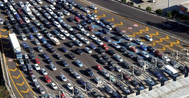 """Rc auto, i carrozzieri manifestano alla Camera. """"A rischio 60mila posti di lavoro"""""""
