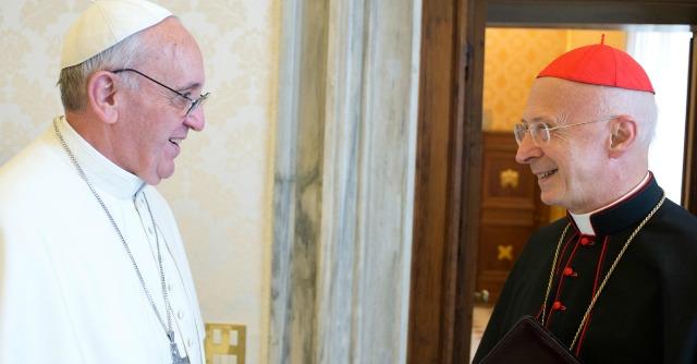 Vaticano, ultimo schiaffo del Papa a Bagnasco: non aprirà l'assemblea della Cei