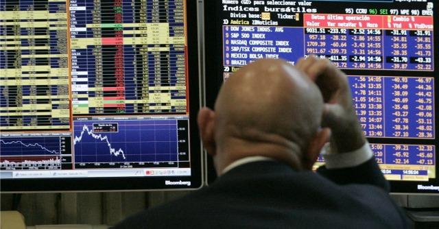 Ucraina, tensioni con Mosca fanno tremare i mercati di tutto il mondo: Milano -3,3%