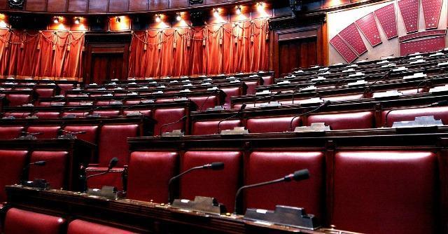 Legge elettorale, Renzi mette in riga il Pd: via gli emendamenti scomodi