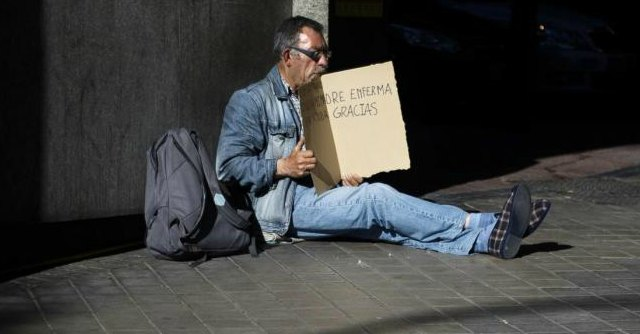 Spagna, il governo parla di crescita, ma gli sfratti per morosità stanno raddoppiando