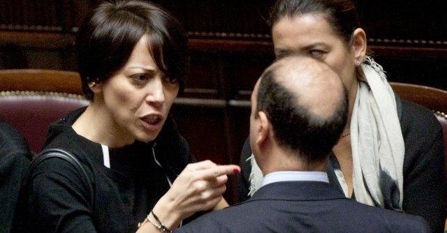 """De Girolamo, Scelta Civica: """"Inopportuna, valuti le dimissioni"""""""